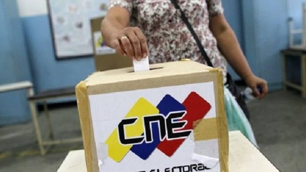 MUD habilitó página web para que electores consulten su centro de votación