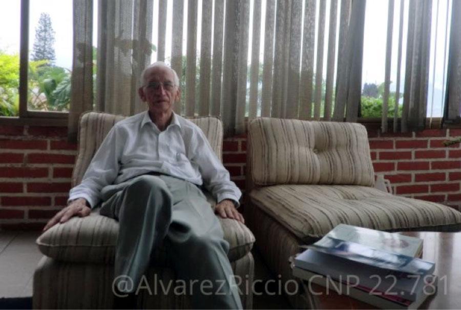 Miguel Martínez Miguélez: Solamente aquellos que no tienen ningún punto de vista creen que los tienen todos